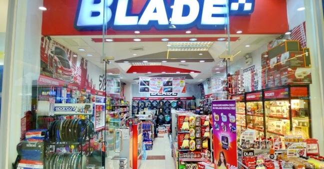 blade_auto_center